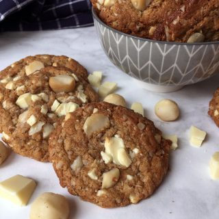 White Chocolate Macadamia Oatmeal Cookies
