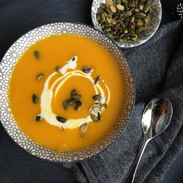 Yuuuummmmm o i love a Great bowl of soup recipecomingsoonhellip