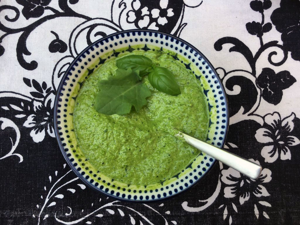 Low Histamine Pesto with Basil and baby Kale