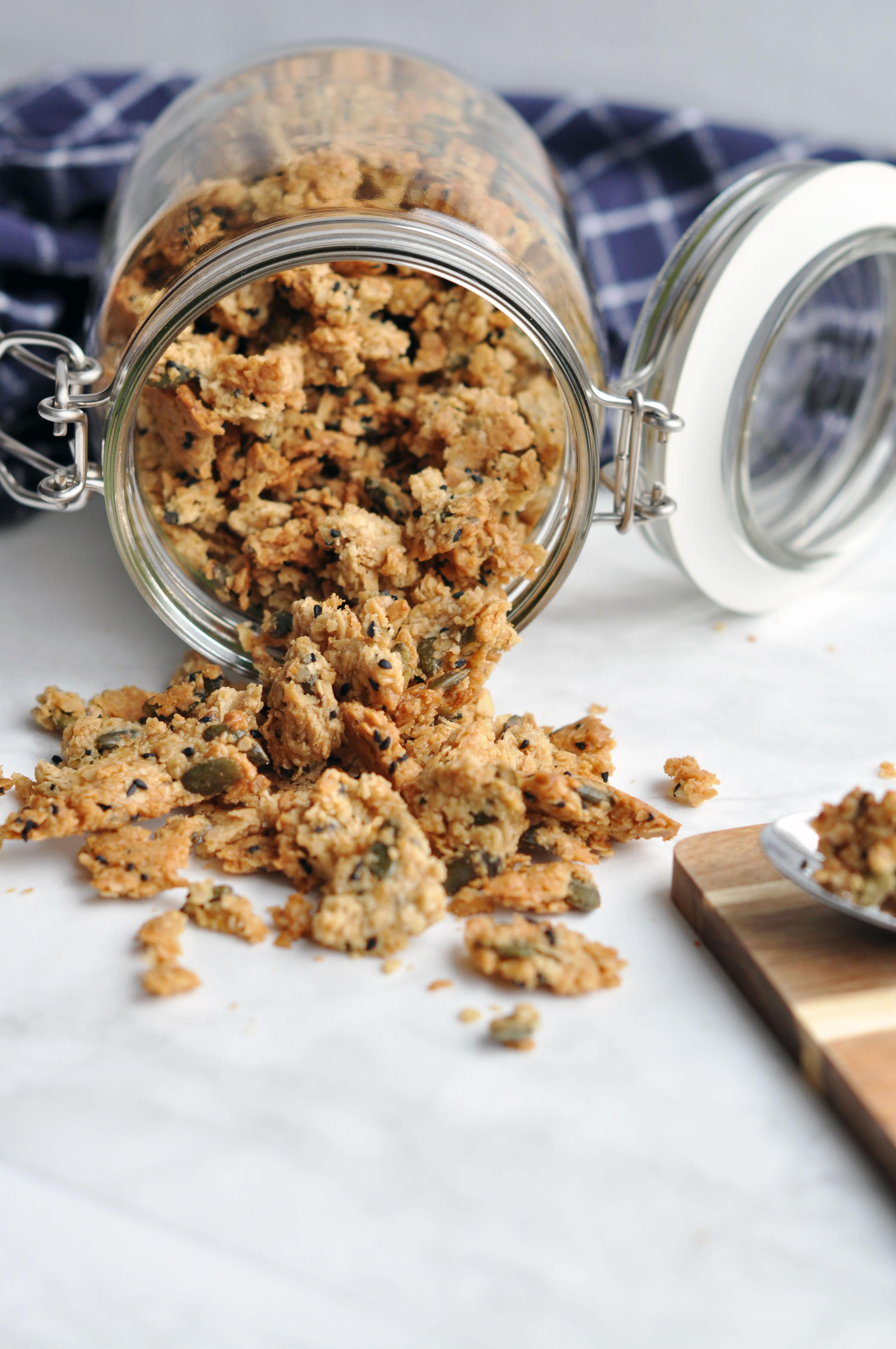 Vegan Salted Caramel Granola - gluten free